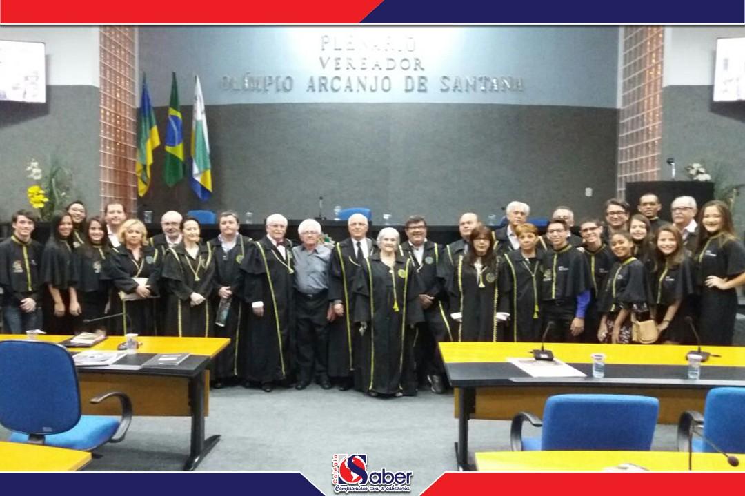 Homenagem ao Centro Acadêmico de Letras do Colégio O Saber