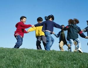 Amigos podem fazer com que crianças se tornem mais ativas